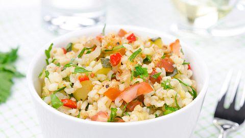 vital mit quinoa bulgur co - Foto: Thinkstock