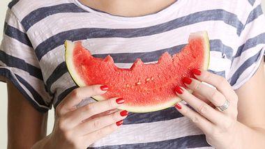 Darum schmeckt Wassermelone mit Salz süßer - Foto: iStock