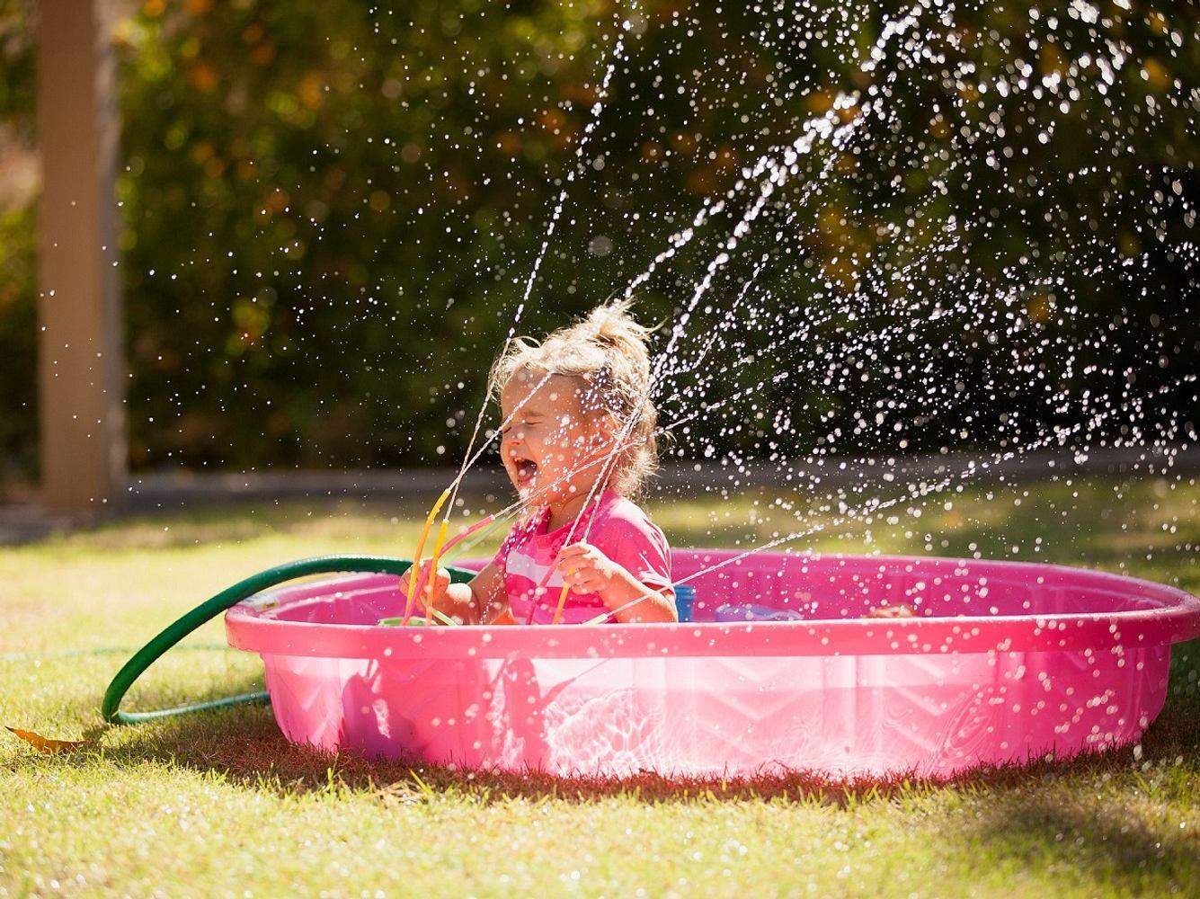 Dieses Wasserspielzeug kommt gut bei Kindern an